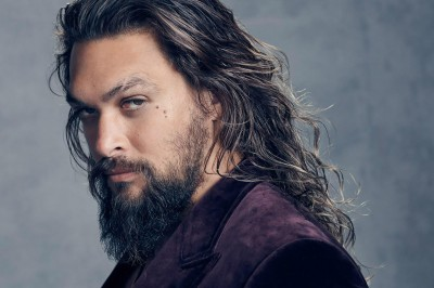 Jason Momoa says he 'fangirled out' the first time he saw Liam Neeson