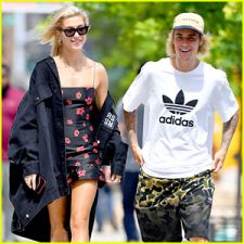 Hailey in complete awe of Justin's 'no-brainer'