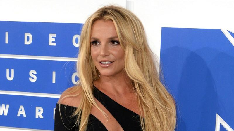 ब्रिटनी स्पीयर्स ने अदालत से रूढ़िवादिता समाप्त करने का किया आग्रह
