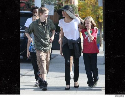 ANGELINA JOLIE takes A DOG WALK IN THE PARK With her Kiddos
