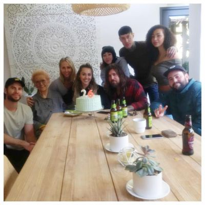 Inside pics video :Miley Cyrus celebrates 26th birthday  with family and long time beau Liam Hemsworth