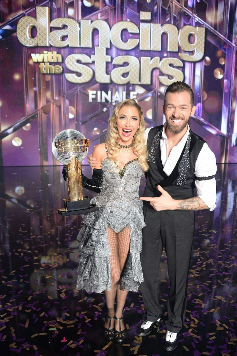 कैटलिन ब्रिस्टोवे और आर्टेम चिगविंटसेव ने जीता ये रियलिटी शो