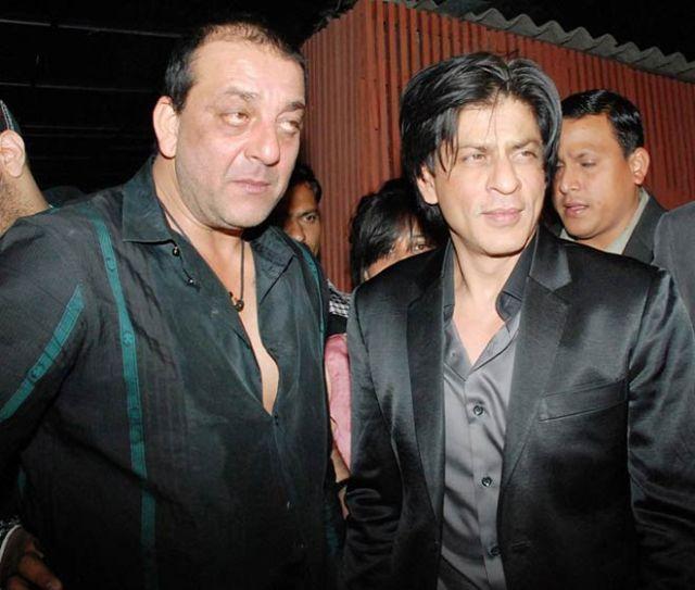 अब शाहरुख़ खान को टक्कर देंगे संजय दत्त