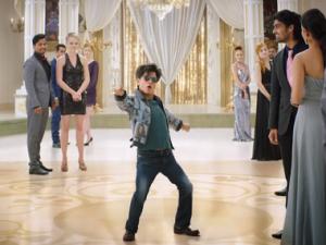 ZERO MOVIE REVIEW:  Shah Rukh Khan, Anushka Sharma starar is Just one time watch