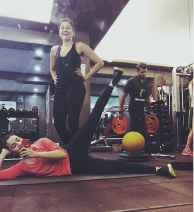 Alia Bhatt's workout photo will give you fitness goals