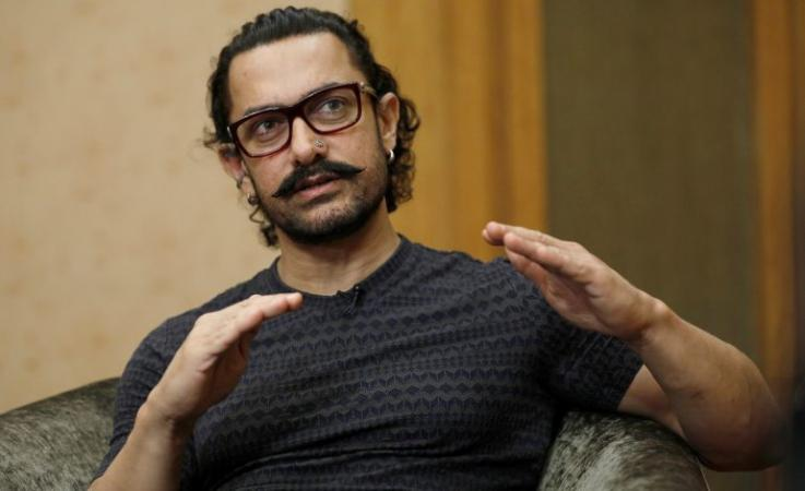 Aamir Khan travel in the economy instead of business then this happened