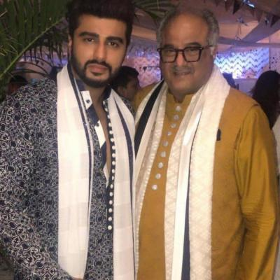 Arjun Kapoor feels his mother would have wanted him to be with Boney Kapoor
