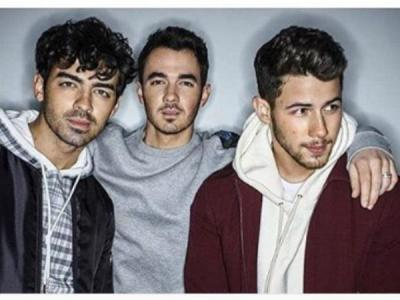 Jonas Brothers's new album is to release on this date
