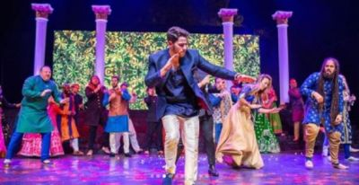 Nick Jonas amazes the guests arrive on Ghodi breaks into a Bhangda