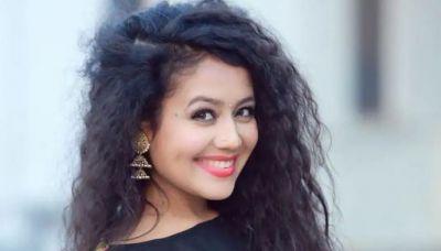 Post breakup Neha Kakkar Tweets, 'women glow differently when loved'