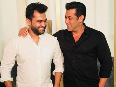 Ali Abbas Zafar drops a hint about the release of first glimpse of Bharat