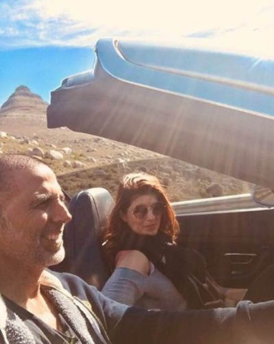 Twinkle celebrate birthday with her husband Akki in the heart of Africian Safari.