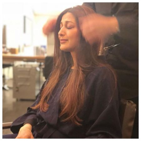 Sonali Bendre pen downs an emotional post says, looking towards a healthier and happier 2019