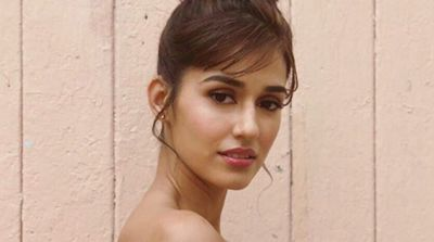 See pic - Bharat actress Disha Patani sizzles in a bikini to warm your winter