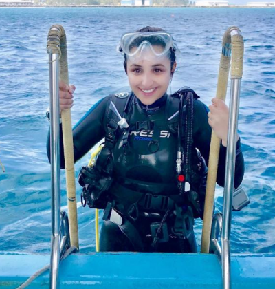 Parineeti Chopra looks happy and fresh in her latest photo of scuba diving