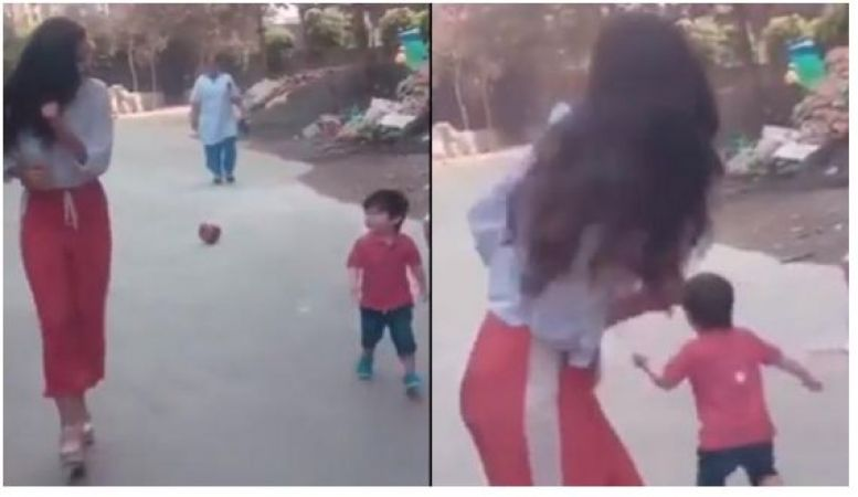 Taimur Ali Khan ran toward media leaving his mamma's hands..check video inside