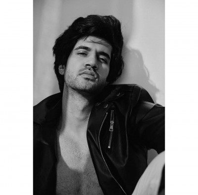Working behind the camera lent the comfort to perform in front of it - Ishaan A. Khanna