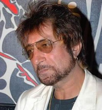 Shakti kapoor gets emotional on  death of Kader Khan, asks 'Why do people remember only when an actor passes away ?