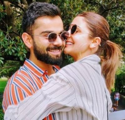 Anushka Sharma shares an adorable picture with Virat Kohli who make a  'happy girl'