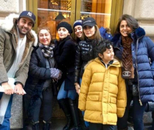Alia Batt is new member in Kapoor family's ' Crew'