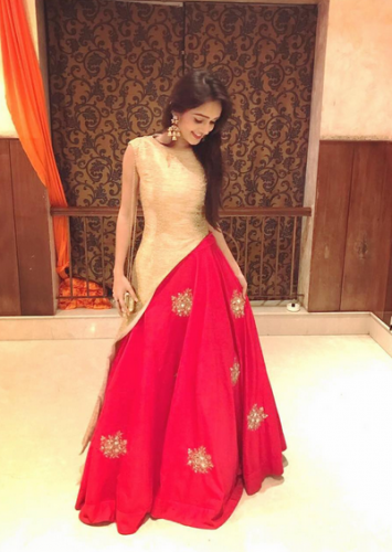 Meera from 'Saath Nibhana Saathiya' is way more stylish than her reel life presence 6 | News Track English, NewsTrack