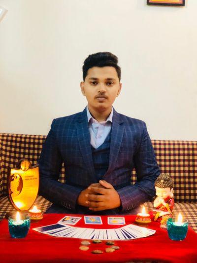 India's Youngest Reiki Healer Ayush Gupta To Launch His Book 'Reiki – Bramhaand Ki Rahasyamaii Urja' Soon