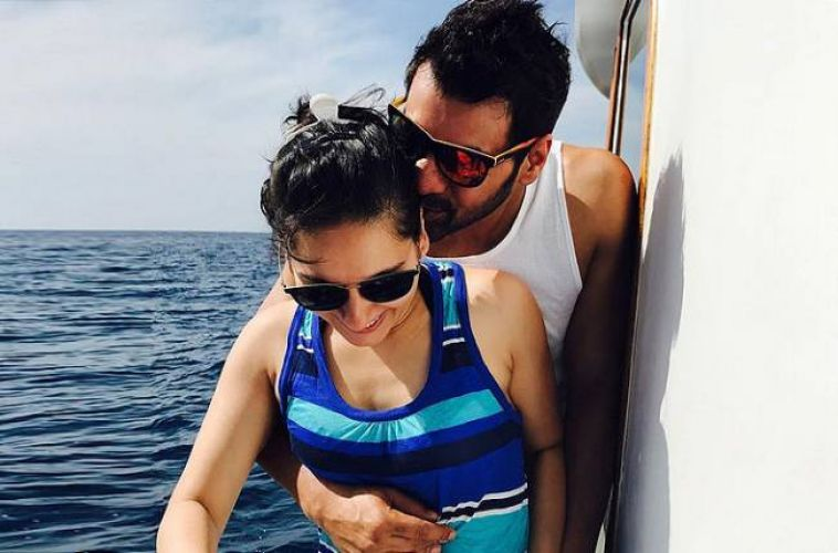 Shabir Ahluwalia and Kanchi Kaul are spending quality time in Maldives
