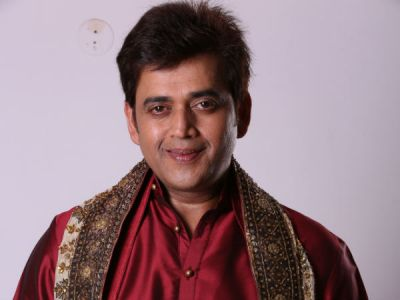 5 Best Bollywood flicks of Bhojpuri Megastar: Ravi Kishan