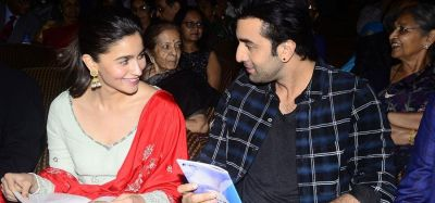 Ranbir protectiveness towards Alia caught in video, watch out