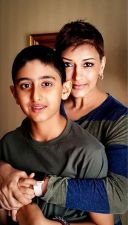 """""""We derive strength from each other"""": Sonali revealed son's reaction on her cancer"""