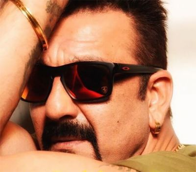 Know Sanjay Dutt's amazing trick to get empathy from his girlfriends