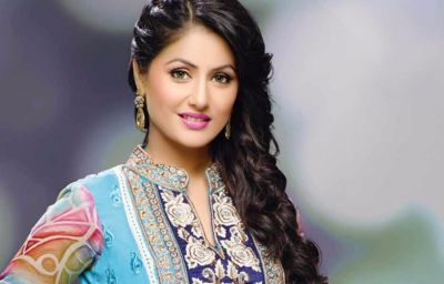 Hina Khan stuns as Komo The Bong Bride, check out the picture here