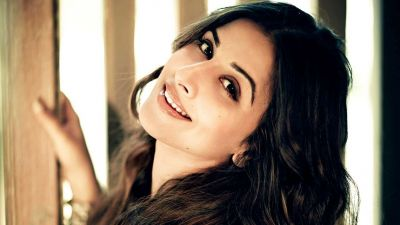 Holi Special tips from Bollywood stars: Vidya Balan share this!!!