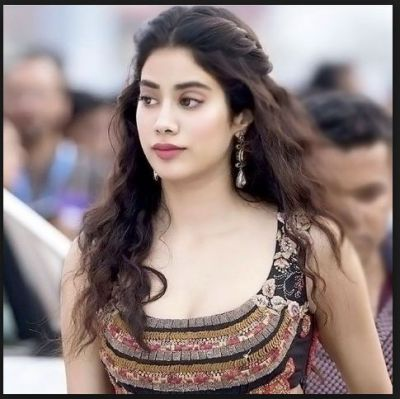 Birthday Special: Jhanvi Kapoor Childhood photos collection…check pics in slide