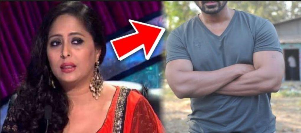 44 years old 'Gita Maa'  dating  this young boy, pics goes viral on social media