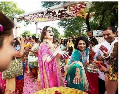 First Holi of Ambani's daughter and Son after wedding celebrated in this unique way...