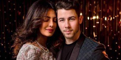 Priyanka Chopra chills with Nick Jonas, Sophie Turner and Joe Jonas,check out picture here