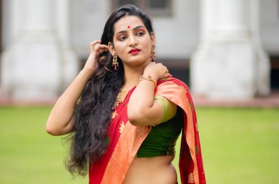 """Srijita Mitra"" The Headlines on Social Media with Her Popular Beauty Fashion and Styles Ideas."