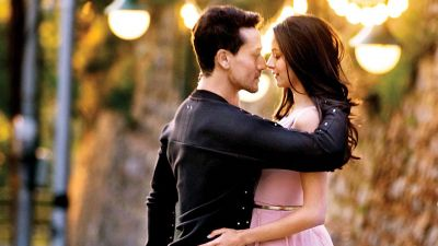 Student of the Year 2  song out, Witness Tiger Shroff-Ananya Panday's sweet romance in 'Fakira' song