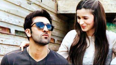 Alia Bhatt and Ranbir Kapoor are dating each other?