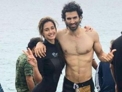 photo of Disha Patani and Aditya Roy Kapur is unmissible, check it out here
