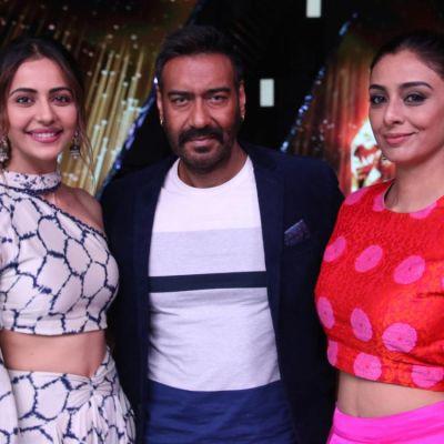 Ajay Devgn, Tabu & Rakul Preet Singh grace Rising Star to promote De De Pyaar De stars