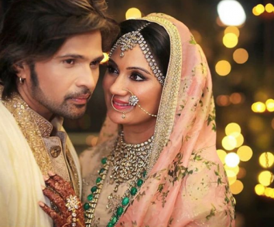 Pictures! See much in love newlyweds Himesh Reshammiya and Sonia Kapoor