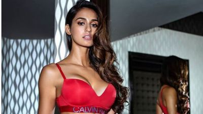 Disha Patani's sleek butterfly kick will make will make you hit gym now