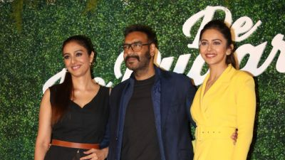 Ajay's witty reply on the promotional event of De De Pyaar De