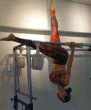 'show off' Amrita Arora calls to sister Malaika Arora working out video