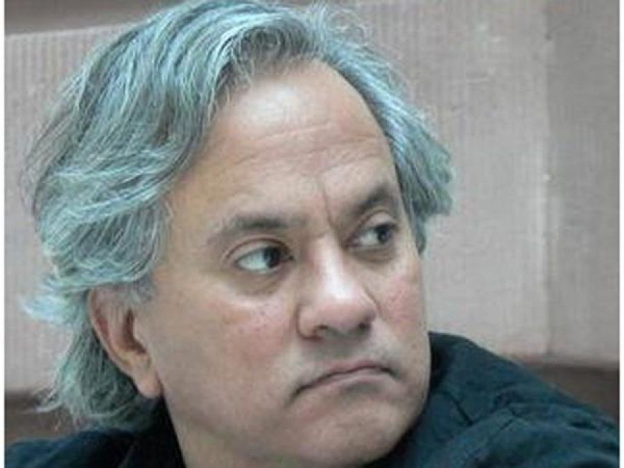 Anish Kapoor most successful Indian artist alive: Survey