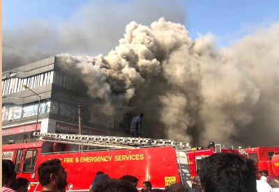 Bollywood celebs offer their condolences for the Surat fire accident