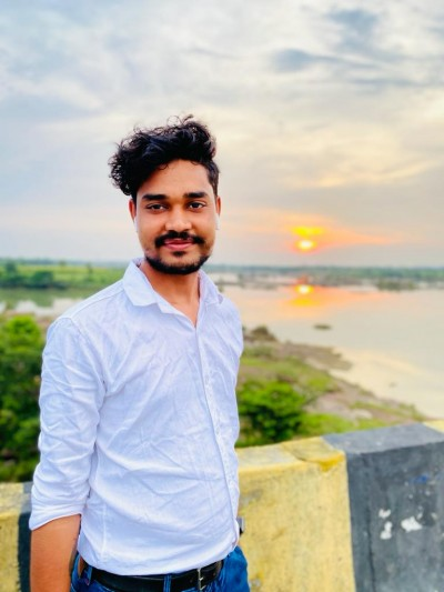 Digital marketing through the Eyes of Neeraj Rathore In 2021! How he became an inspiration!