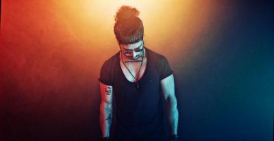 Musical Artist Prateek Gandhi spreading love through his music